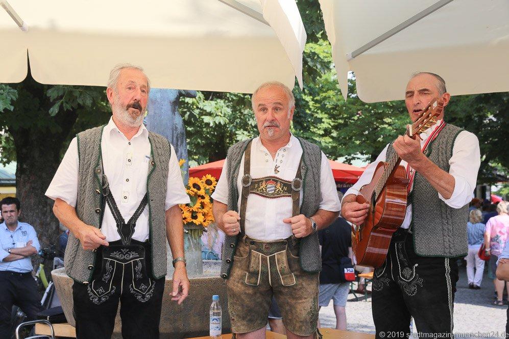 Amzeller Sänger,  Brunnenfest  am Viktualienmarkt in München 2019