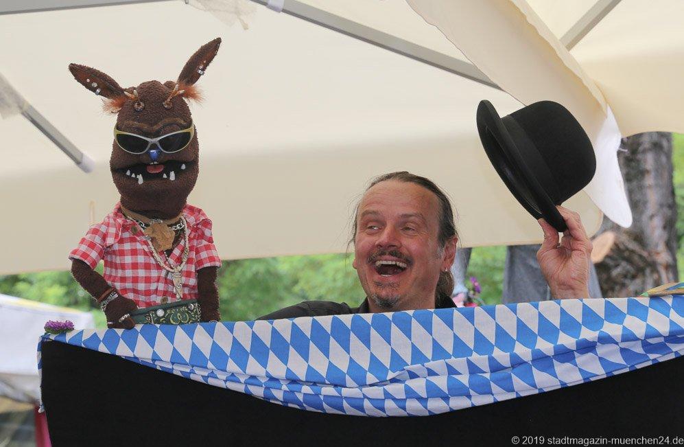 Joe Heinrich,  Brunnenfest  am Viktualienmarkt in München 2019