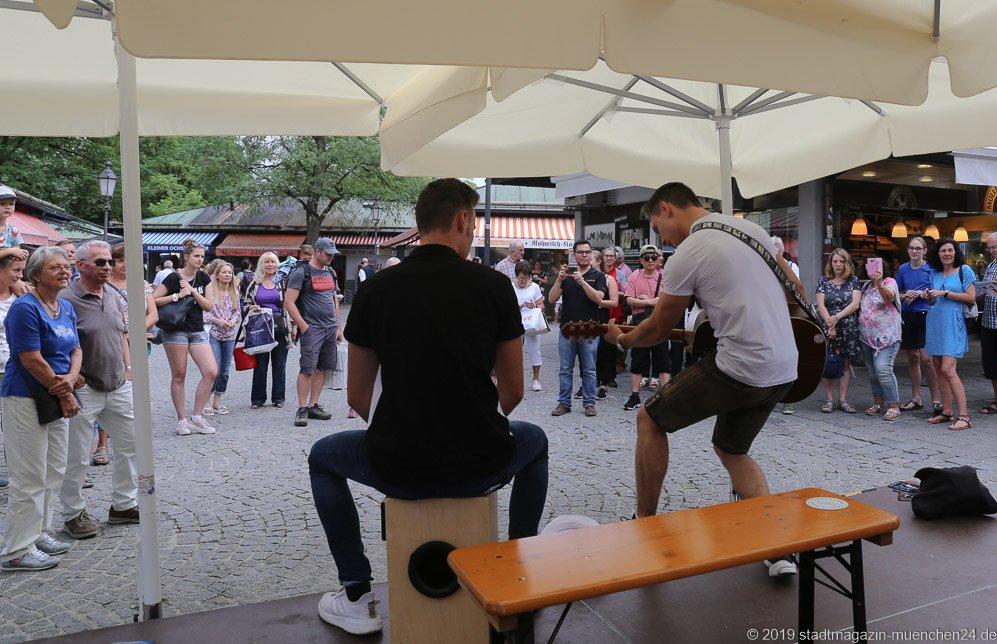 Niko Sücker,  Brunnenfest  am Viktualienmarkt in München 2019