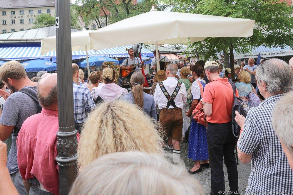 Brunnenfest  am Viktualienmarkt in München 2019