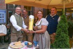 Dr. Marc Eisenbarth, Oliver Lentz, Prof. Irmi Eisenbarth, Johann Marx (von li. nach re.), Café Guglhupf 2.0, Bayerisches Traditionscafé im Herzen von München 2021