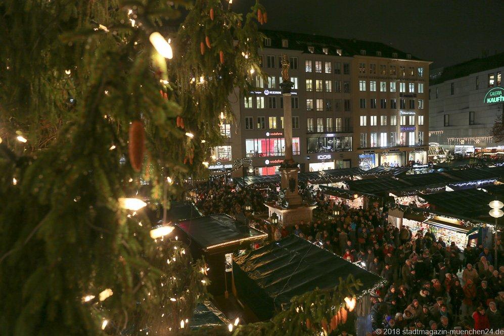 Marienplatz Weihnachtsmarkt.Halbzeitbilanz Christkindlmarkt München Die Glühweinbratwurst Ist