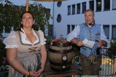 Prof.  Dr. Irmi Eisenbarth und Dr. Marc Eisenbarth, Herbstfest im Café Guglhupf in München  2021