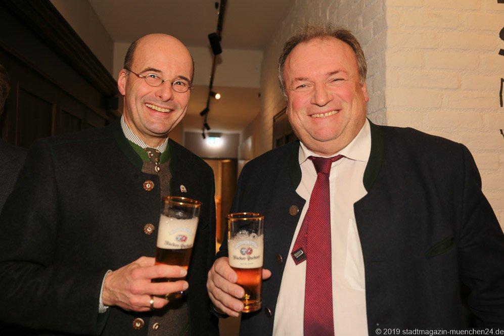 Dr. Lothar Ebbertz und Helmut Brunner (re.), Jahresessen der Innenstadtwirte im Gasthaus zum Stifl in München 2019