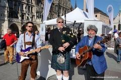 Infostand, Eröffnung John P. Barden (von  li. nach re.), Munich Unplugged bei den Innstadtwirten in München 2019