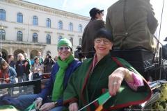 Erich Lejeune mit Frau Iréne, Parade St. Patricks Day in der Ludwigstraße in München 2019