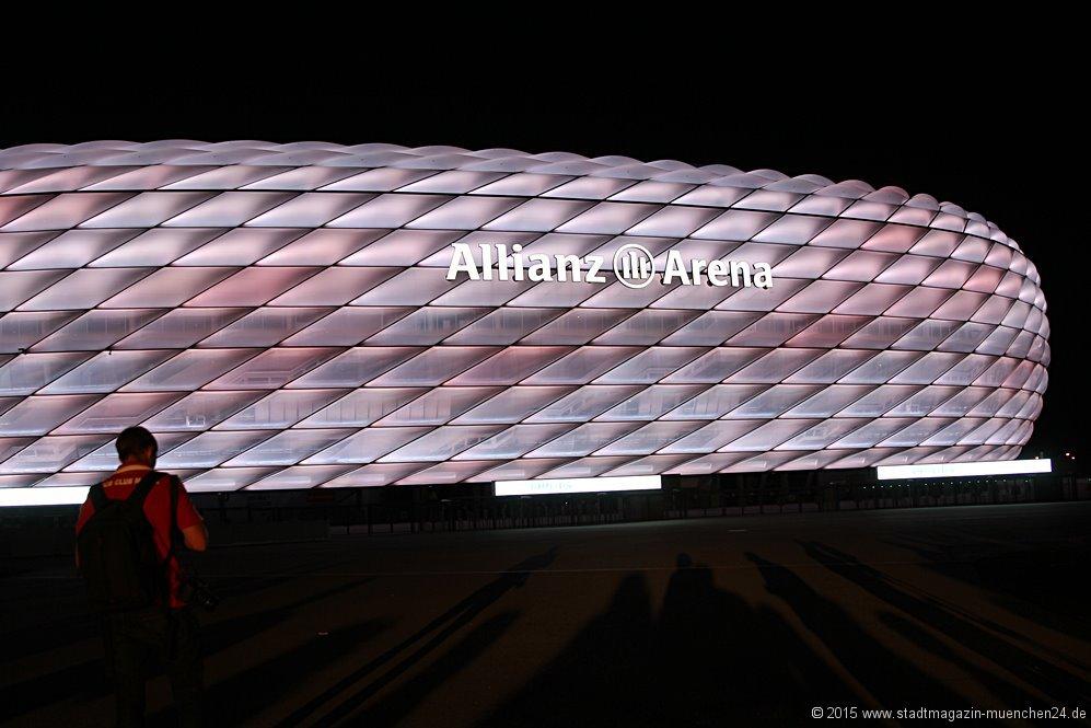 Neue LED-Beleuchtung der Allianz Arena München