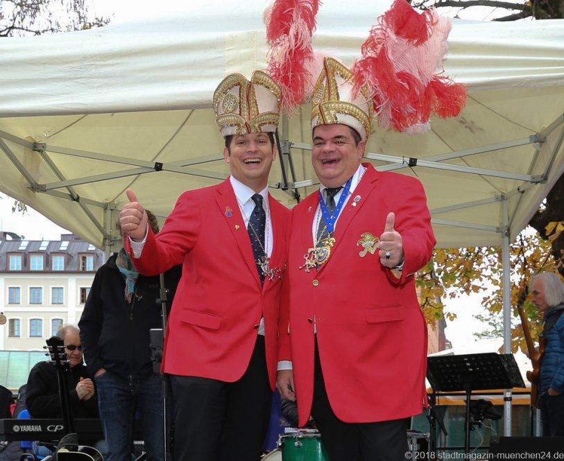 Manuel Di Nardo und Günther Grauer (re.), Proklamation Narrhalle Prinzenpaar 2019 am Viktualienmarkt in München 2018