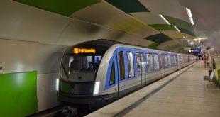 Neuer U-Bahnzug C2 im Fahrgasteinsatz