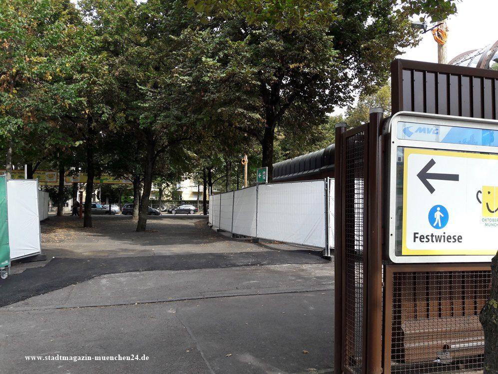 Oktoberfest München Kein Direkter Zugang Von Der U Bahn Auf