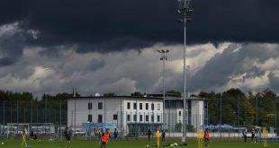 Dunkle Wolken über Giesing - Geschäftsstelle und Trainingsgelände TSV 1860 München
