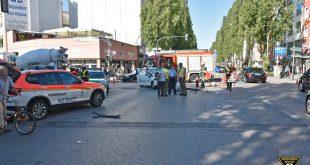 Verkehrsunfall Rettungswagen Quelle Foto Berufsfeuerwehr München