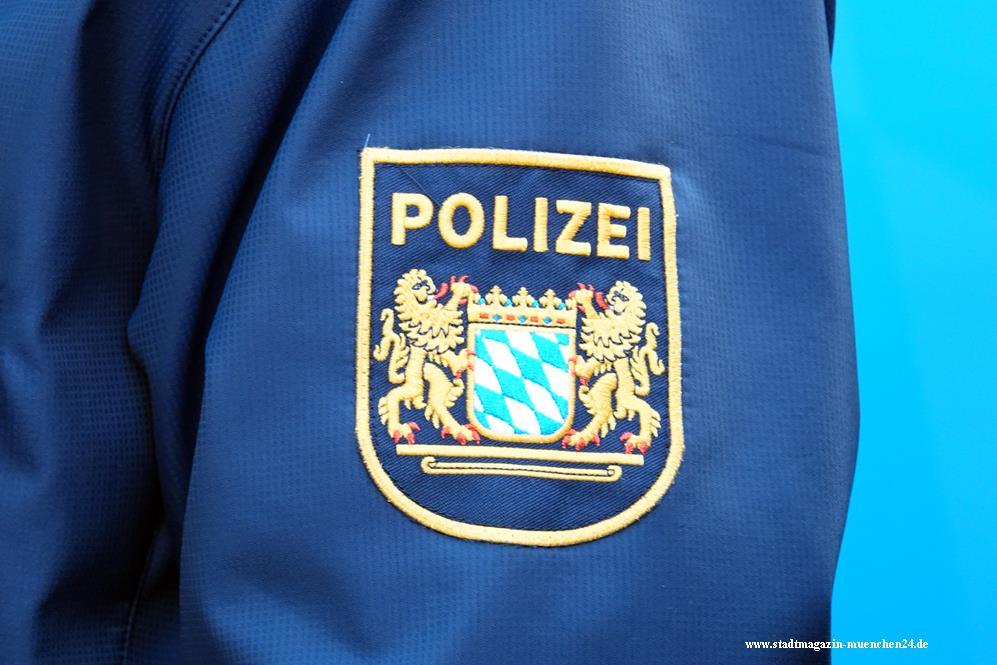Polizei München Uniform blau