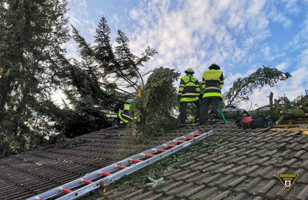 Feuerwehr Einsatz München Sturmtief Sabine
